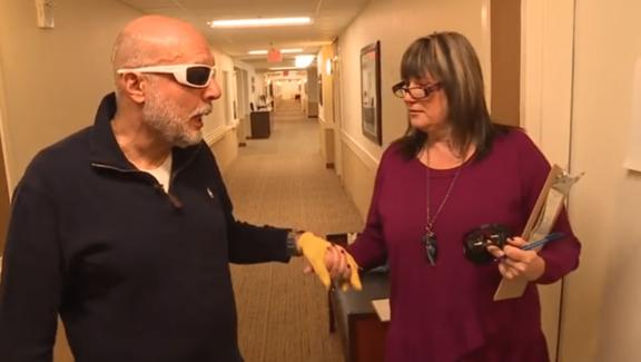 relative and staff take dimentia virtual tour
